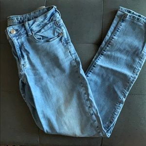 American Eagle Outfitters light wash jeans